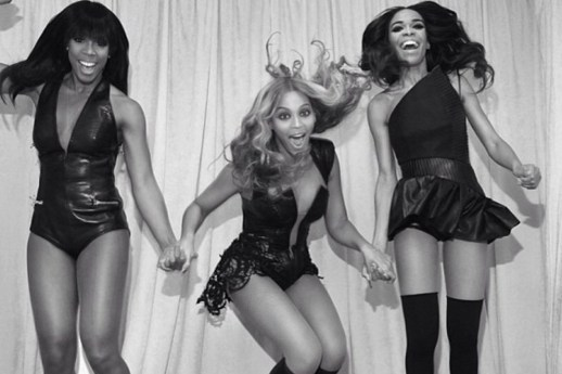 BEYONCE & DESTINY'S CHILD GOOFING AROUND AFTER AN EPIC PERFORMANCE