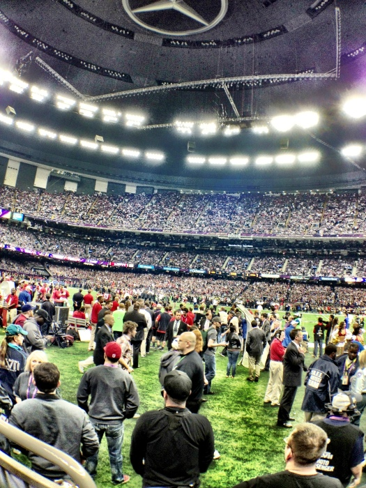 RUBIN SINGER SEEN AT THE FRON ROW OF THE SUPER DOME