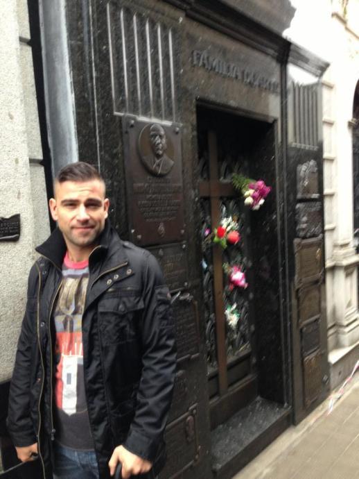 RUBIN SINGER SEEN AT: EXPLORING BUENOS AIRES