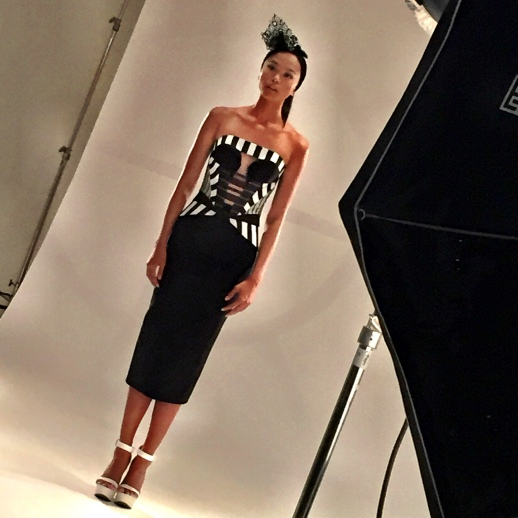 "BACKSTAGE RUBISINGER SPRING 2016 COLLECTION ""VECTOR"" PHOTOSHOOT"